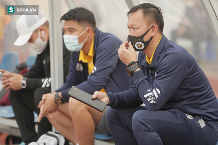 Hà Nội FC đang rất cần sự thay đổi, nhưng không thể đổ hết lỗi cho HLV Chu Đình Nghiêm - Ảnh 1.