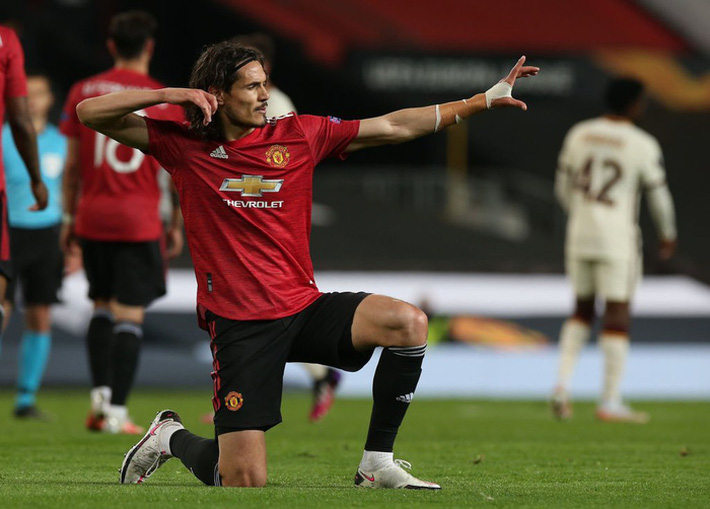 Chấm điểm cầu thủ MU vs Roma: Bùng nổ tam giác Pogba - Bruno - Cavani - Ảnh 11.