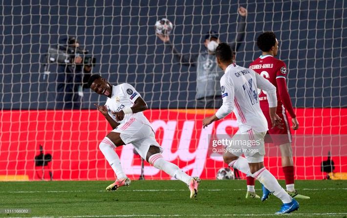 Liverpool tan tác trước Real trong ngày hàng thủ gây họa; Man City chết hụt vì Haaland - Ảnh 4.