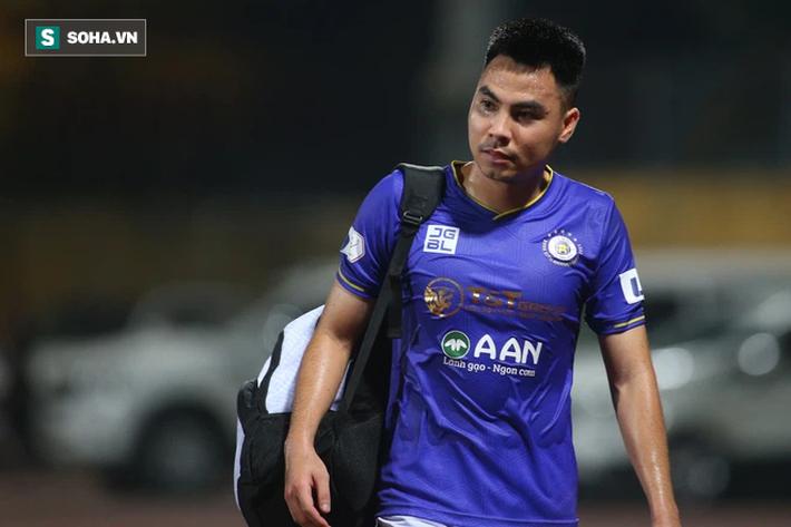 Bầu Hiển không vui, tìm gặp riêng HLV mới sau trận thua của Hà Nội FC - Ảnh 4.