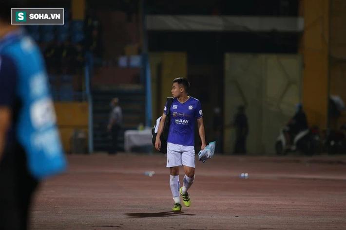Hà Nội FC sụp đổ như thế, Đà Nẵng FC cũng gục ngã rồi, cần gì chờ đủ 5 trận bầu Đức ơi? - Ảnh 2.