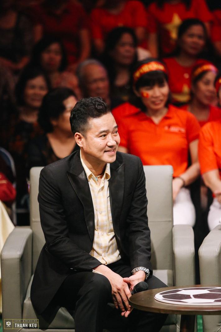 Gặp gỡ Hồng Sơn ở Quán Thanh Xuân, tiết lộ cuộc sống hiện tại ở tuổi 51 của nam danh thủ - Ảnh 1.