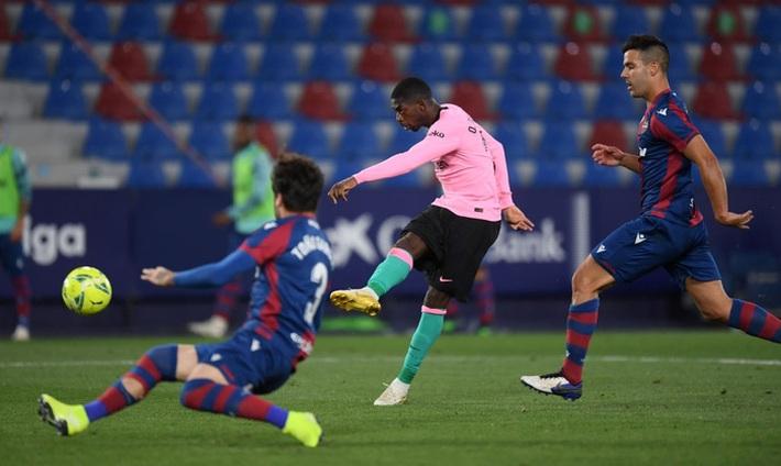 Hàng thủ thi đấu tệ hại, Barcelona sắp tan mộng vô địch La Liga - Ảnh 5.