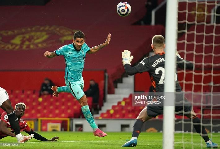 Thổi bay Man United trong mưa bàn thắng, Liverpool sống lại cơ hội lọt top 4 Premier League - Ảnh 4.