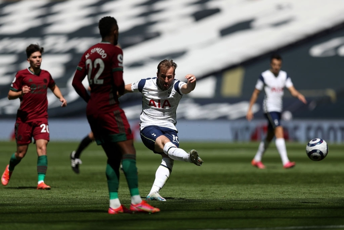 Tottenham 2-0 Wolves: Đen nhưng vẫn đủ - Ảnh 2.