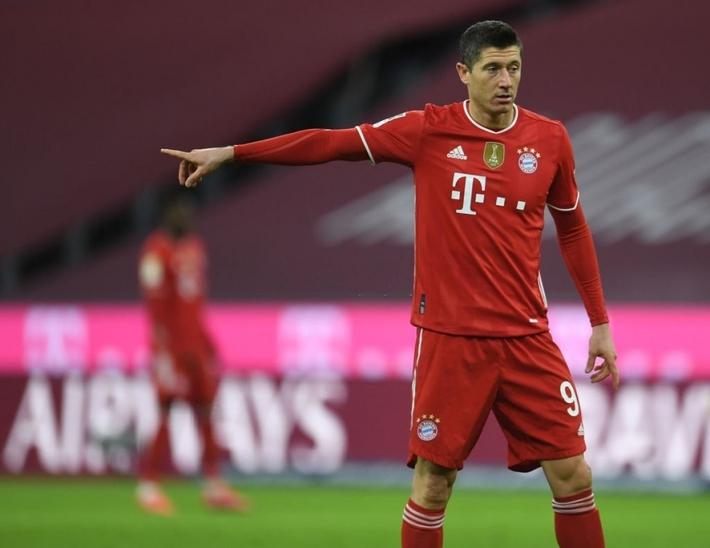 Bayern bất ngờ rao bán tiền đạoLewandowski - Ảnh 1.