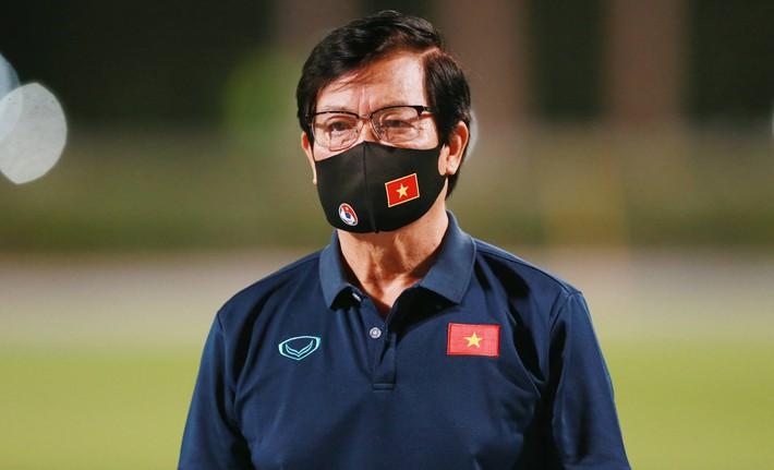 Trưởng đoàn tiết lộ cái khó của ĐT Việt Nam ở UAE, hé lộ cơ hội thi đấu cho Đoàn Văn Hậu - Ảnh 1.