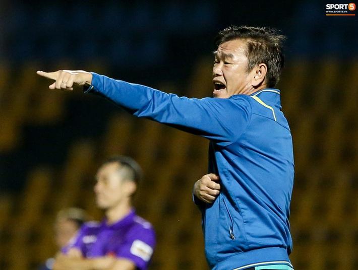 Ông Phan Thanh Hùng làm HLV trưởng Đà Nẵng FC thay Lê Huỳnh Đức - Ảnh 1.