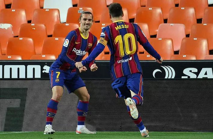 Ngược dòng hạ Valencia, Barcelona quyết không buông cuộc đua vô địch La Liga - Ảnh 7.