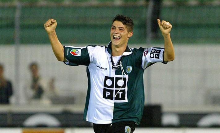 Chấp nhận giảm lương, Ronaldo xác định xong bến đỗ cuối sự nghiệp - Ảnh 1.