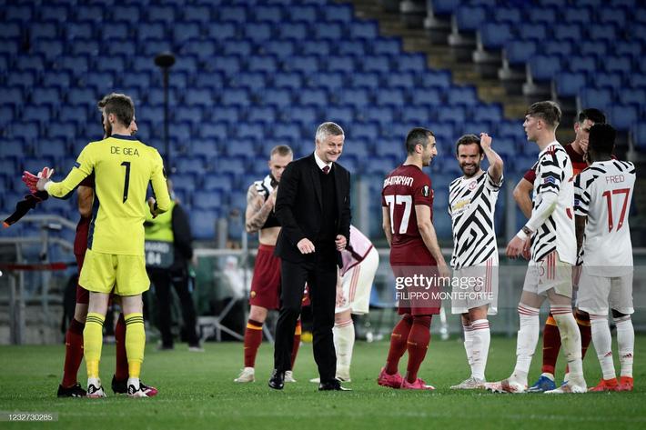 Cavani lập cú đúp đưa Man United vào chung kết; Arsenal bị loại đầy tức tưởi trên sân nhà - Ảnh 5.