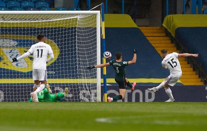 Leeds Utd 3-1 Tottenham: Hy vọng tan biến - Ảnh 2.