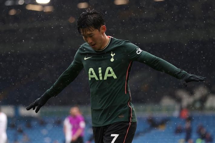 Leeds Utd 3-1 Tottenham: Hy vọng tan biến - Ảnh 3.