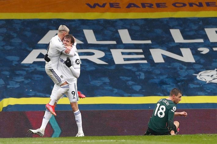 Leeds Utd 3-1 Tottenham: Hy vọng tan biến - Ảnh 4.