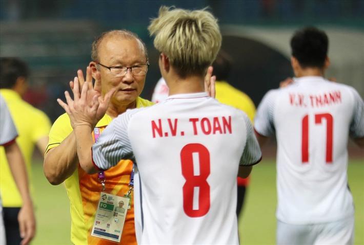 Văn Toàn hay nhất V.League, hà cớ gì thầy Park vẫn đặt niềm tin vào Anh Đức? - Ảnh 4.