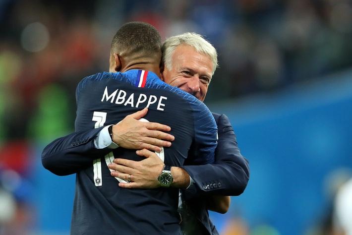 Sóng gió tuyển Pháp trước Euro 2020: Mbappe nổi điên, từ chối lời xin lỗi của đàn anh Giroud - Ảnh 2.