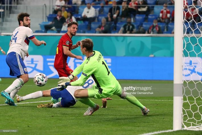 Euro 2020: Bùng nổ dữ dội, Lukaku nhấn chìm đội tuyển Nga trong ngày ra quân - Ảnh 2.