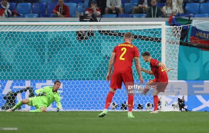 Euro 2020: Bùng nổ dữ dội, Lukaku nhấn chìm đội tuyển Nga trong ngày ra quân - Ảnh 3.