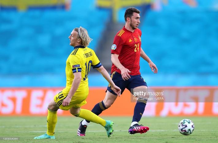 Euro 2020: Chân gỗ Morata báo hại Tây Ban Nha trong trận đấu kỳ lạ - Ảnh 1.
