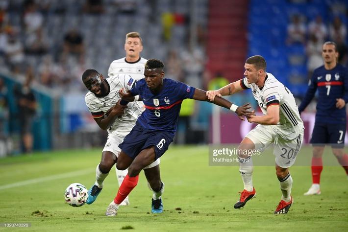 Phản lưới nhà đầy vụng về, nhà vô địch World Cup khiến Đức thua đau dưới tay Pháp - Ảnh 1.