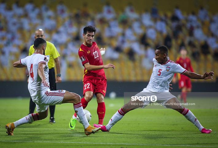 Tiến Linh san bằng thành tích của cựu danh thủ Nguyễn Hồng Sơn tại Vòng loại World Cup - Ảnh 1.