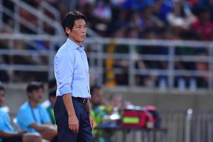 """HLV Nishino nhận """"phán quyết"""" đầy bất ngờ từ LĐBĐ Thái Lan sau thất bại tại vòng loại World Cup - Ảnh 1."""