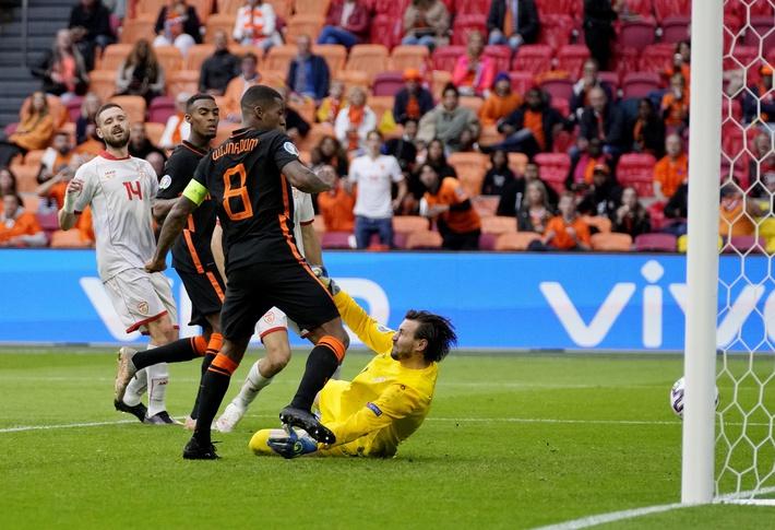 Cựu binh Man United rực sáng đưa Hà Lan hủy diệt đối thủ, Áo bất ngờ khiến Shevchenko gục ngã - Ảnh 2.