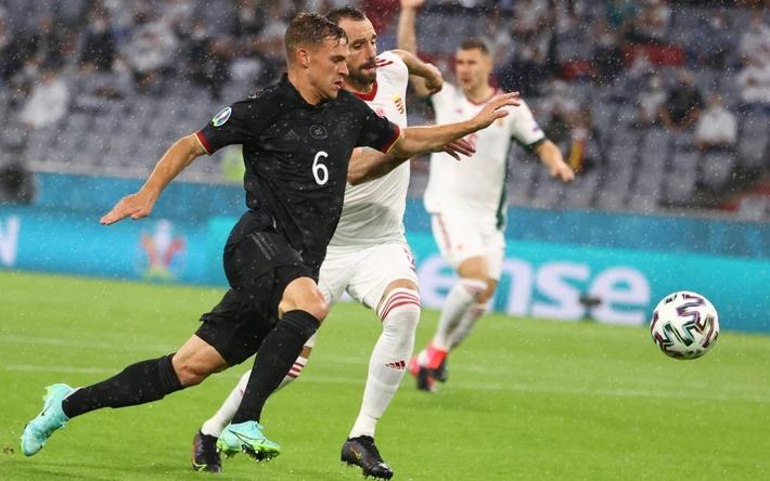 """Top 10 """"người không phổi"""" ở EURO 2021 - Ảnh 7."""