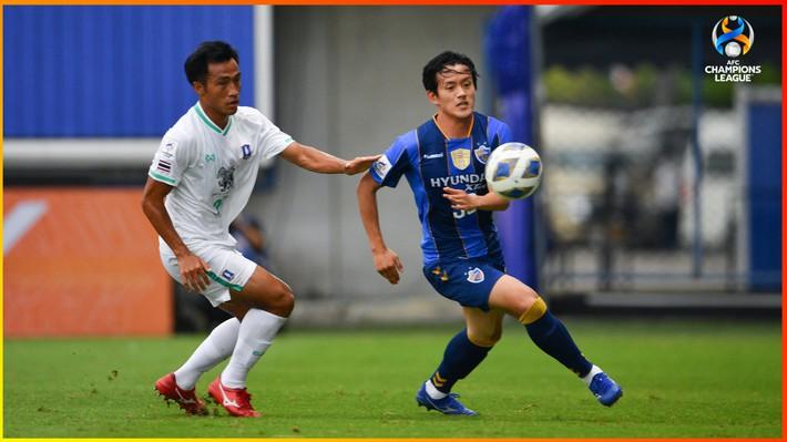 Ông kẹ châu Á từng mướt mồ hôi trước Viettel dễ dàng khuất phục đội bóng Thái Lan - Ảnh 1.