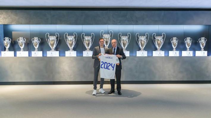 Real giữ chân cầu thủ đầu tiên cho Ancelotti - Ảnh 1.