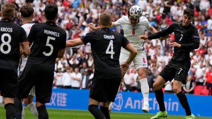 Chấm điểm Anh vs Đức: Sterling sắm vai người hùng, nhà vô địch World Cup biến thành gã hề - Ảnh 2.