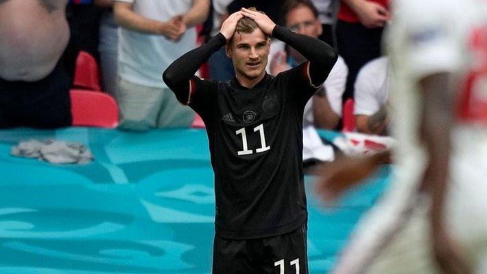 Chấm điểm Anh vs Đức: Sterling sắm vai người hùng, nhà vô địch World Cup biến thành gã hề - Ảnh 9.