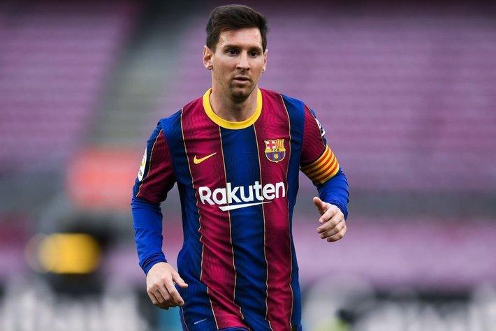 Chuyển nhượng bóng đá 30/6: Ronaldo ra đi với giá rẻ, Messi thành cầu thủ tự do - Ảnh 1.