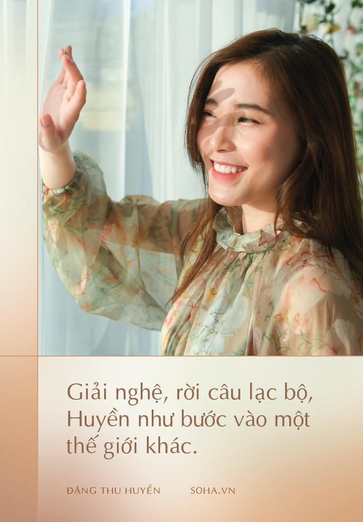 Hoa khôi bóng chuyền Đặng Thu Huyền sau giải nghệ: Làm người mẫu ảnh, chơi game show và sẽ thượng đài đấu võ - Ảnh 2.