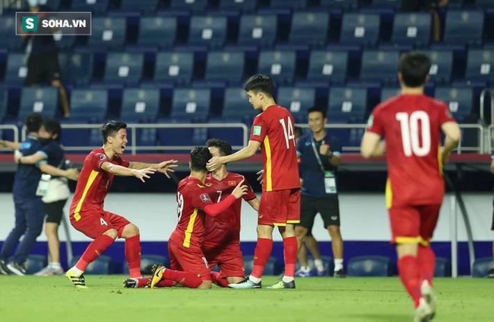 """Báo Thái Lan bất ngờ """"oán trách"""", cho rằng tuyển Việt Nam quá mạnh khiến đội nhà bị loại - Ảnh 1."""