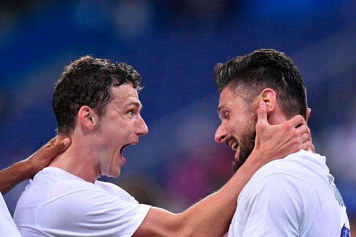 Giroud lập cú đúp trong ngày Benzema dính chấn thương, Pháp thắng trận giao hữu cuối trước Euro - Ảnh 15.