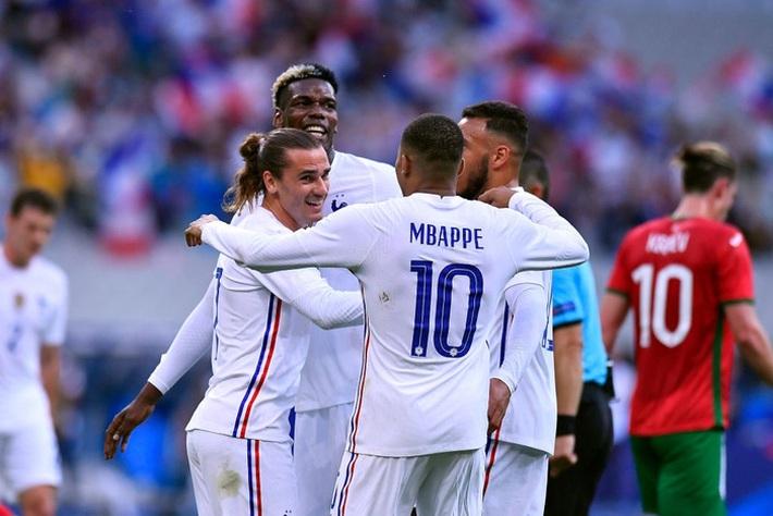 Giroud lập cú đúp trong ngày Benzema dính chấn thương, Pháp thắng trận giao hữu cuối trước Euro - Ảnh 6.