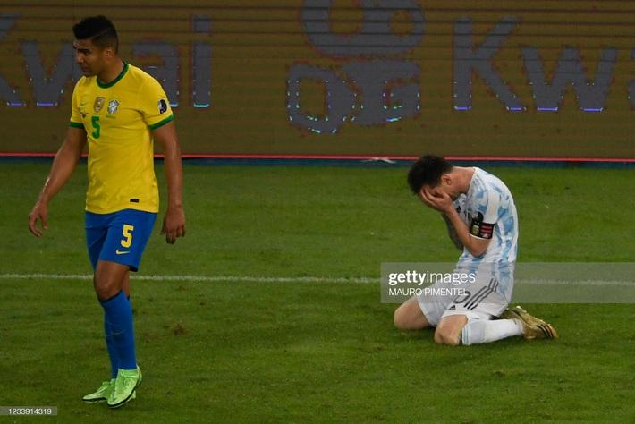 Bật khóc trong ngày đăng quang, Messi chiếm trọn mọi giải thưởng danh giá tại Copa America - Ảnh 3.