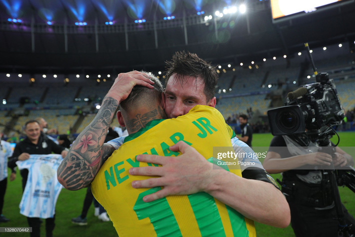 Bật khóc trong ngày đăng quang, Messi chiếm trọn mọi giải thưởng danh giá tại Copa America - Ảnh 5.