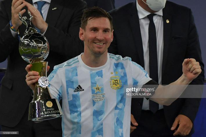 Bật khóc trong ngày đăng quang, Messi chiếm trọn mọi giải thưởng danh giá tại Copa America - Ảnh 9.