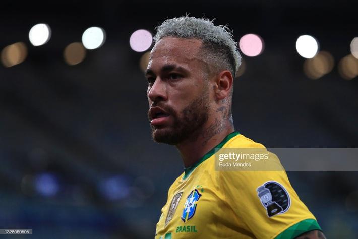 Neymar gây tranh cãi lớn khi vừa khóc nức nở vì thua trận xong đã vui vẻ cười đùa với Messi - Ảnh 2.