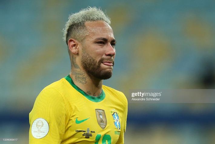 Neymar gây tranh cãi lớn khi vừa khóc nức nở vì thua trận xong đã vui vẻ cười đùa với Messi - Ảnh 3.