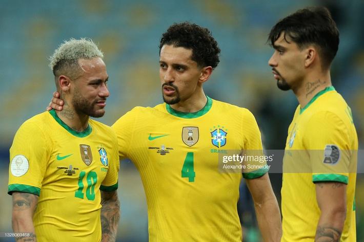Neymar gây tranh cãi lớn khi vừa khóc nức nở vì thua trận xong đã vui vẻ cười đùa với Messi - Ảnh 4.