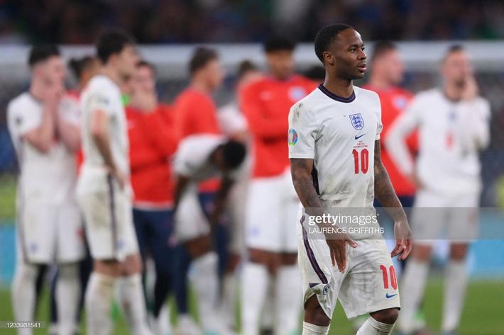 Ảnh: Đội tuyển Italia ăn mừng chức vô địch Euro 2020 trong nỗi đau khôn cùng của người Anh - Ảnh 20.
