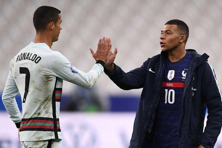 Ông lớn ra quyết định 'sống còn' ảnh hưởng đến tương lai Ronaldo - Ảnh 1.