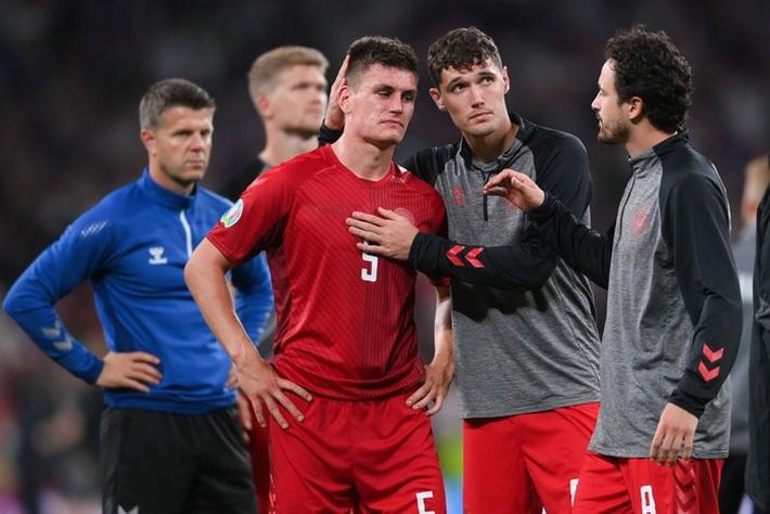 Người hùng Đan Mạch rơi nước mắt tiếc nuối khi để tuột tấm vé chung kết Euro 2020 - Ảnh 4.