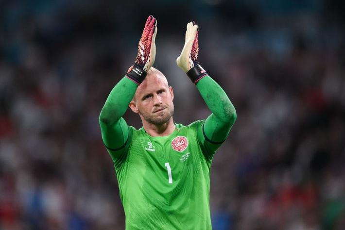 Người hùng Đan Mạch rơi nước mắt tiếc nuối khi để tuột tấm vé chung kết Euro 2020 - Ảnh 5.