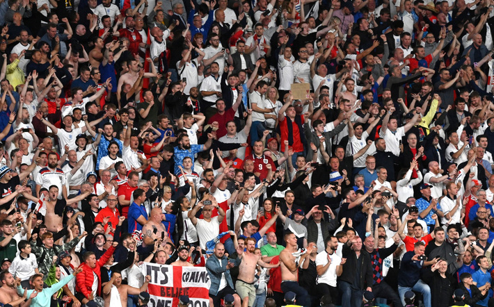 Sân Wembley mở hội, ĐT Anh ăn mừng cuồng nhiệt khi vào chung kết EURO 2021 - Ảnh 4.