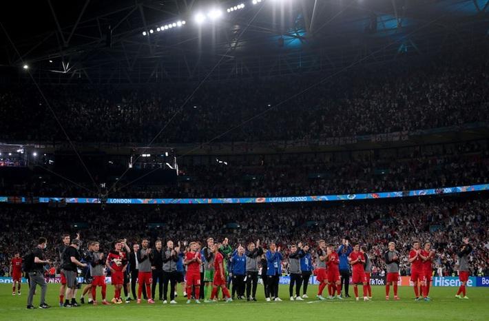 Người hùng Đan Mạch rơi nước mắt tiếc nuối khi để tuột tấm vé chung kết Euro 2020 - Ảnh 7.