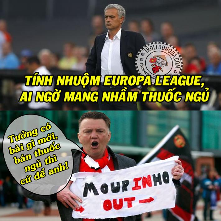 Ảnh chế: Man United bị lừa bán cho Pogba fake? - Ảnh 9.